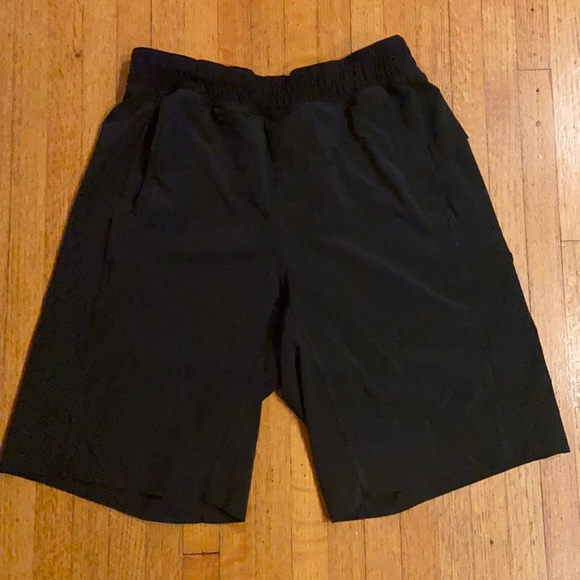 Lululemon athletica men's shorts - size S
